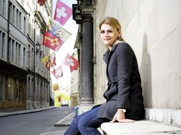 Merita est née à Genève. Elle est diplômée en sociologie, médias et journalisme.