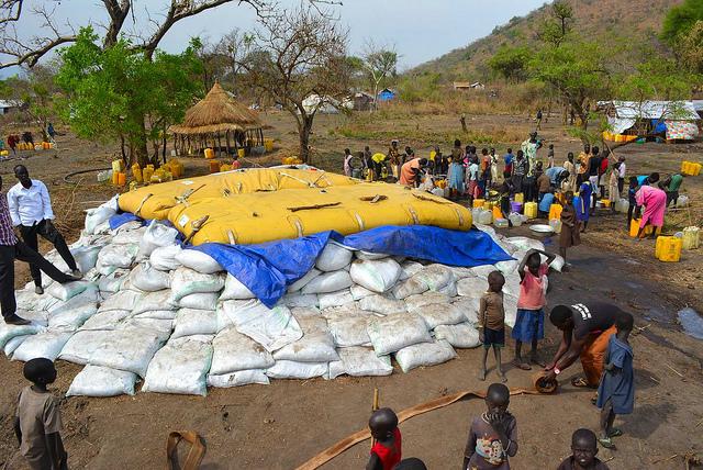 Bringing water to South Sudanese refugees in Uganda - Nyumanzi 1 refugee camp. Photo: Oxfam